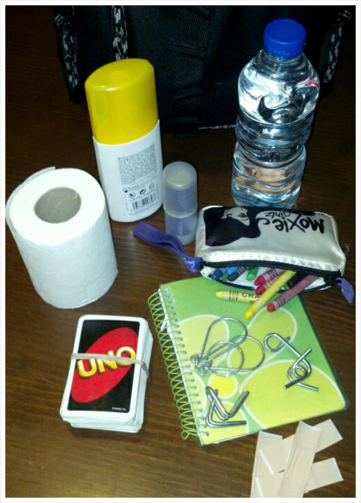 Cosas que hay que llevar en la mochila si viajas con niños