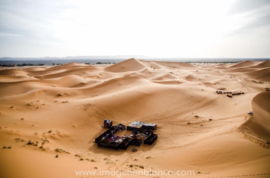 Campamento en el desierto Merzouga