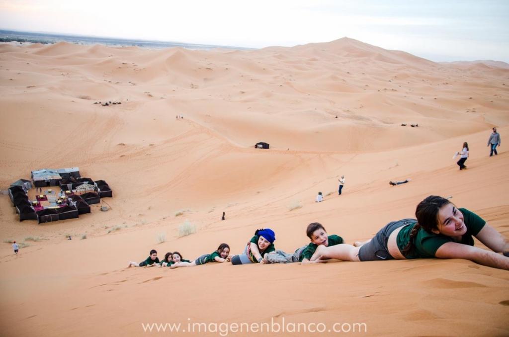 Jugando en el desierto