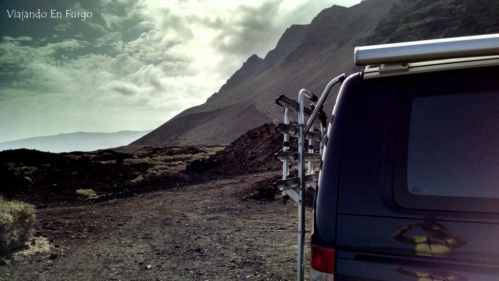 Viajando En Furgo en El Hierro