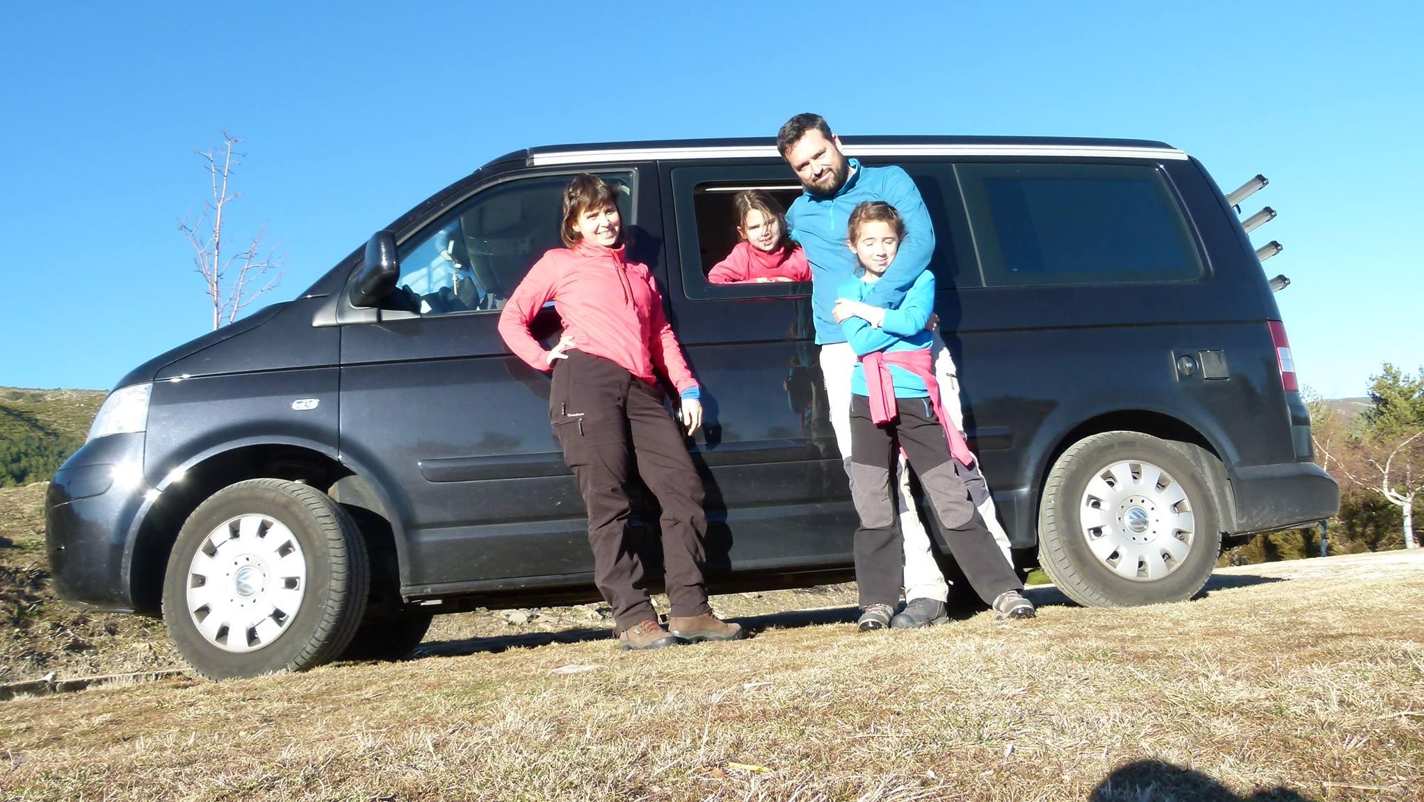 Consejos para viajar en furgo con niños