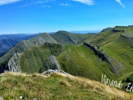 Subida al Txindoki con niños: aventura en el Cervino vasco